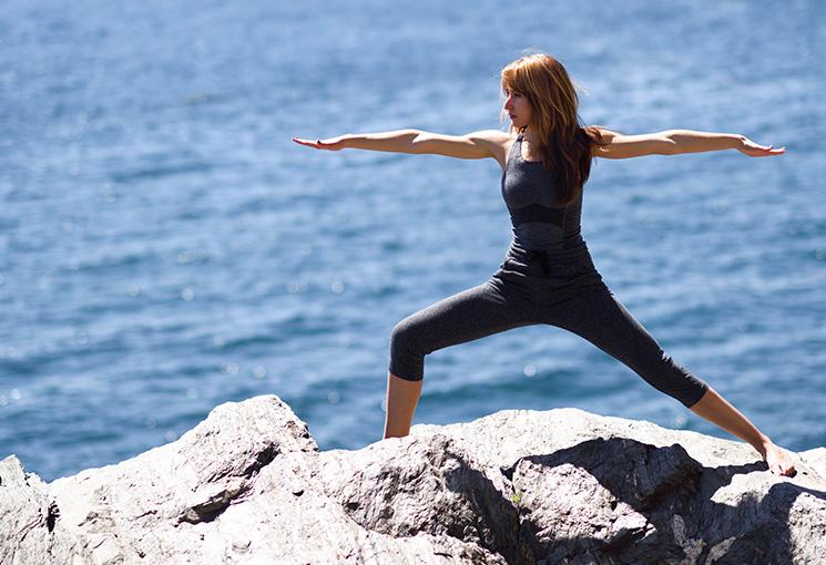 Adquiere Equilibrio mediante el Yoga y la Meditación
