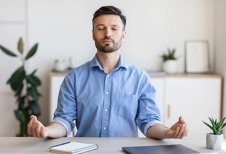 3 prácticas de atención plena para combatir el estrés